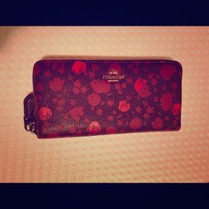 Authentic Coach purse !!